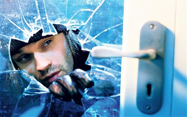 Burglar smah